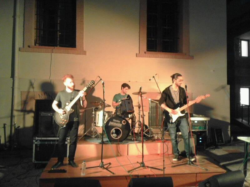 Συναυλία από το φοιτητικό συγκρότημα VINYLS -Μιχάλειο κτίριο (16/5/2019)_